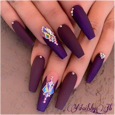 pretty nails new years nails nails polish remover nails 12 or 3 nailspostzz nailspostzz nailspostzz By nailsby_jb source - Fancy Nails, Bling Nails, Cute Nails, Pretty Nails, Rhinestone Nails, Prom Nails, Stiletto Nails, Coffin Nails, Nail Swag