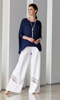 Chico's Relaxed Knit Top Black Label Lace Palazzo – Lace insets + Wide Leg Pants = Instant style. Modest Fashion, Hijab Fashion, Fashion Dresses, Chicos Fashion, Fashion Fashion, Fashion Online, Casual Wear, Casual Outfits, Summer Outfits