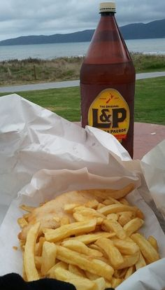 Sunday night feed!! Like if you're a fan of good ol Kiwi Fish and Chips - NZ