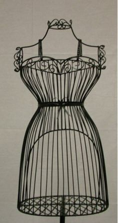 Female Wire Dress Form Mannequin #1 - BLACK – Mannequin Madness