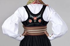 Bilderesultater for beltestakk hjul Costumes, Norway, Scandinavian, Ethnic, Tops, Women, Image, Fashion, Moda