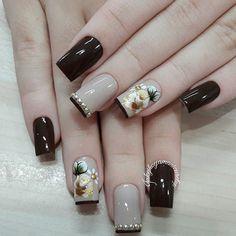 websta Bling Nails, Fun Nails, Flower Nail Art, Nail Accessories, Acrylic Nail Art, Beautiful Nail Designs, Nail Trends, Nail Arts, Nails Inspiration