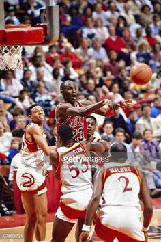 The GOAT attracts four Hawks defenders and makes the pass to the open man in Atlanta.