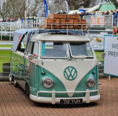 VW❤.........#ClassicCars..Re-pin Brought to you by agents of #carinsurance at #HouseofInsurance for #AutoInsuranceinEugeneOR.