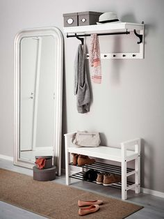 Sit down to put on your shoes – Bedroom Inspirations Entryway Mirror With Hooks, Entryway Bench Storage, Living Room Storage, Bench With Storage, Living Room Decor, Hemnes, Home Entrance Decor, Entryway Decor, Home Decor