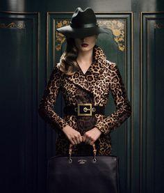 très chic trench coat leopard