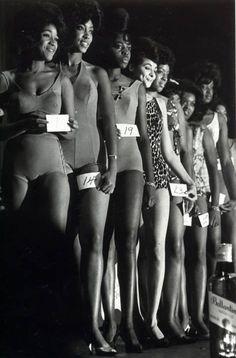 Harlem NYC 1963 , beauty pageant.  © Leonard Freed/Magnum Photos