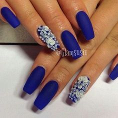 Blue and white 3D floral nail art