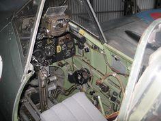 Spitfire_cockpit.jpg (2592×1944)