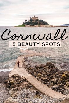 Cornwall beauty spots worth checking out. Here are 15 stunning places in Cornwall you simply NEED to visit on your next UK road trip! Things To Do In Cornwall, Places In Cornwall, Cornwall Beaches, Europe Travel Tips, Places To Travel, Places To See, Budget Travel, Cornwall England, England Uk