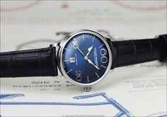 """Beim Modell 63 von """"Alexander Shorokhoff"""" wurde das Uhrendesign mit Hilfe eines zylindrischen Saphirglases dem flachen Vorbild der 60er Jahre angepasst."""