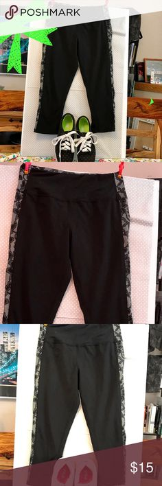 Cynthia Rowley's Fitted Cropped leggings XSM Fitted stretch black cropped legging from Cynthia Rowley's fitness line. Calf-length with ruching at the outer seam of the bottom leg. Detailed waistband with white & black lace print contrast down both of the outside legs. Back hidden pocket with zipper. Sz XSM, Pre-owned - Great Condition:  No holes or rips. Smoke-Free  😊Thank you for browsing my closet and have a good day!❤  ***************************************************** 💖 bundle…
