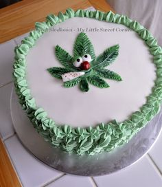 Tort Reggae z niespodzianką w środku - Reggae Cake Weed Birthday Cake, Weed Recipes, Puff And Pass, Cannabis, Cakes For Men, Specialty Cakes, Pretty Cakes, Diy Crafts, Ash
