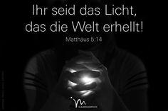 """""""Ihr seid das Licht, das die Welt erhellt. Eine Stadt, die hoch auf dem Berg liegt, kann nicht verborgen bleiben."""" Matthäus 5:14  #matthäus #matthaeus #matthäus5 #matthaeus5 #gott #jesus #licht #welt #stadt #hoch #berg #verborgen #vertrauen #glaube #glaubensimpulse #bibel #bibelvers"""