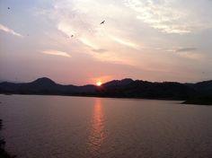 El Salvador - Suchitoto - amanecer cerca de la Isla de los Pajaros en el Embalse del Cerron Grande / suchitoto.tours @gmail.com