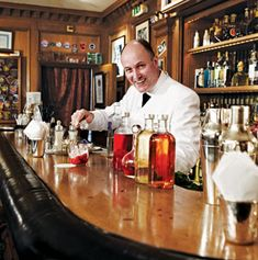 """Best Bartender in Paris 
