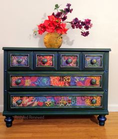 Vibrant and colorful dresser. Hand painted in a dark green Annie Sloan color called Amsterdam Green. Hand Painted Dressers, Funky Painted Furniture, Paint Furniture, Upcycled Furniture, Shabby Chic Furniture, Furniture Projects, Custom Furniture, Furniture Makeover, Modern Furniture