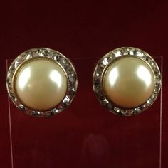 Vintage Silver Tone Pearl Drop Austrian Crystal Cluster Clip On Earrings MV433 |We combine shipping|No Question Refunds|Bid $60 for free shipping. Starting at $1