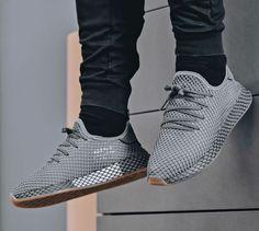 a82822331ec4b New ADIDAS Originals Deerupt Runner Sneaker Mens gray all sz  Adidas