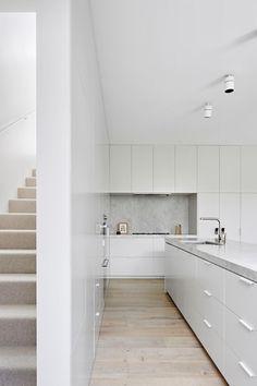All white kitchen design Interior Design Inspiration, Home Interior Design, Kitchen Interior, Kitchen Decor, Kitchen Ideas, Kitchen Images, Room Maker, Sexy Fotografie, Lets Stay Home