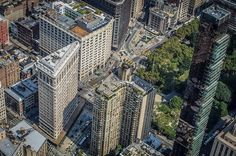The Flatiron district by @ch3m1st ✨ @flynyon NY