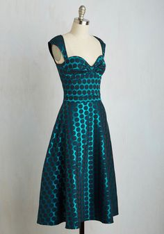 Prove Your Groove Dress in Teal Dots | Mod Retro Vintage Dresses | ModCloth.com