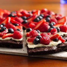 #strawberry #chocolate #cake #food #delicious #dessert #yummy #pizzaslices? #blueberries #strawberries #healthy