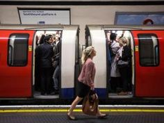 Holborn: London Underground etiquette scrapped for station's standing only escalators | UK | News | The Independent