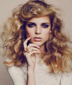 La Belle Rose Katrine Rohrberg Photographs Alberte Wibrand For Elle Denmark March 2013 More from this editorial. Beauty Makeup, Hair Makeup, Hair Beauty, 70s Makeup, Makeup Brush, Nordic Blonde, Disco Hair, Wedding Hairstyles, Cool Hairstyles