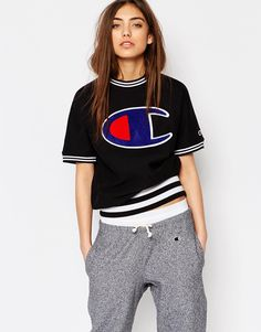 Shop Champion Classic Short Sleeve Sweatshirt With Large Retro Logo at ASOS. Sunday Outfits, Hip Hop Outfits, Crop Top Outfits, Girl Outfits, Cute Outfits, Fashion Outfits, Girl Fashion, Casual Outfits, Mens Fashion