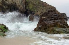 The fictional Black Pool Cove where the rockslide trapped smugglers Tegwyn & Rook.