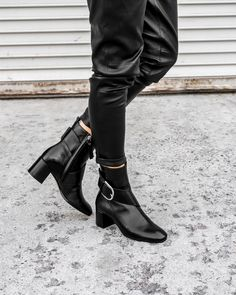 Double Dose of Leather #allblackeverything #MGemi #minimal