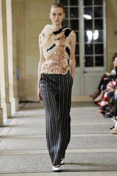 Bouchra Jarrar, haute couture A-H 15/16 - L'officiel de la mode