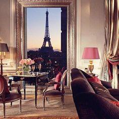 We love Paris! - @santteestilo- #webstagram