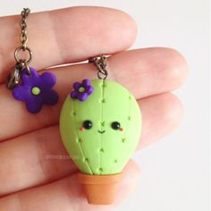 Cactus Polymer Clay Necklace by LittleDipperShop on Etsy Polymer Clay Kunst, Polymer Clay Animals, Cute Polymer Clay, Cute Clay, Polymer Clay Miniatures, Polymer Clay Necklace, Polymer Clay Projects, Polymer Clay Charms, Polymer Clay Creations