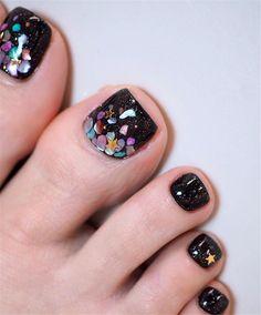 elegant and stylish bright french toe nails design; elegant toe nails in bright colors; bright color design nails for toes; French Pedicure Designs, Toe Nail Designs, Nails Design, Best Toe Nail Color, Nail Colors, Cute Toe Nails, Toe Nail Art, French Toe Nails, Hair And Nails