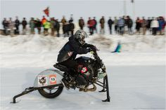 snowdogs course de motos neige customs 3   Snowdogs   course de motos neige customs   tuning photo neige moto image custom