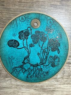 kreativMANUfaktur: Im Tagfieber you can find this plant rubber stamp here: https://www.etsy.com/listing/185799088/plant-stamp-wood-sorrel-unmounted-rubber?ref=shop_home_active_3