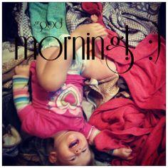 good morning, babywearing world. ;)