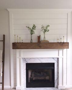 Advanced linear fireplace tile ideas that will impress you – Farmhouse Fireplace Mantels Farmhouse Fireplace Mantels, Basement Fireplace, Fireplace Redo, Fireplace Built Ins, Shiplap Fireplace, Small Fireplace, Fireplace Remodel, Fireplace Design, Fireplace Ideas