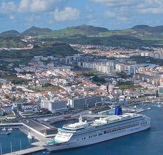 Islas Azores destino 2017 paraíso terrestre #destinoturistico #topdestino #portugal #portugal2017 #destino2017 #topdestination #destination2017 #viajar #viajar2017 #travel #travel2017 #paisaje #mar #ocean #landskape #beauty #belleza #paraiso #paradise #toptravel #islasazores #azores #island #islandlife #azores2017 #islasazores2017 #barco #ship #cruise #crucero