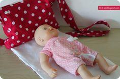 Dass Paulas  große Liese Geburtstag hat, weiß ich ja nun schon länger. Auch, dass sie zurzeit eine innig liebende Puppenmutter ist, weiß ich...