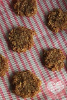 no bake Peanut Butter Cookies - Cookies al burro d'arachidi (no cottura) | Loveateverybite