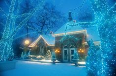 Can't Think of New Ideas for Christmas Decor? Check Out These Photos