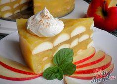 Nepečený jablkový dortík s piškoty - Recepti Griddle Cakes, Different Cakes, Banana Split, Arabic Food, Apple Cake, Sponge Cake, Pavlova, Christmas Baking, Strudel