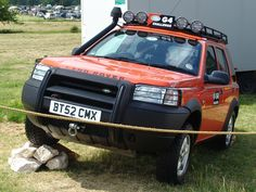 Land Rover Freelander, Window Replacement, Offroad, Cool Stuff, Random Stuff, Cool Cars, Jeep, Land Rovers, Motors