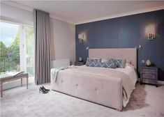 Resultado de imagen para Farrow and Ball Skimming stone & Charleston Gray Skimming Stone, Kent Homes, Flooring Near Me, Modern Townhouse, Hallway Carpet Runners, Stair Runners, Master Bedroom Design, Master Bedrooms, Bedroom Ideas