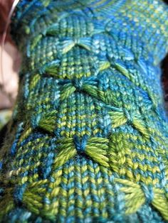 Flutter-by socks by Shannon Robalino - free pattern on ravelry