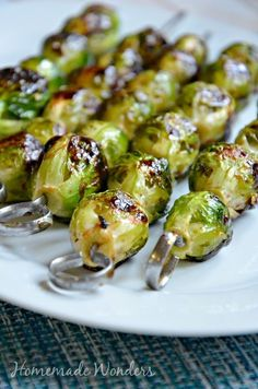 Grilled Brussel Sprouts. So good!! And the balsamic glaze is delish! Grilled Veggies, Bbq Vegetables, Grilled Vegetable Skewers, Grilled Vegetable Recipes, Grilled Fruit, Grilled Recipes, Kabob Recipes, Roasted Vegetables, Sprout Recipes