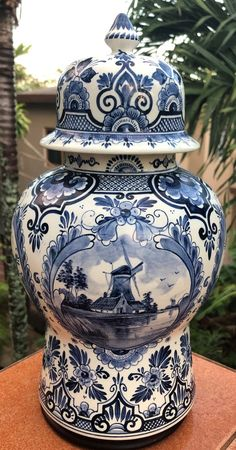 PZH Delft Ginger Jar Vase Delfts Blauw Molen Windmill Vaas 花王 Kaou Pioen Peony Floral Urn Plateelbak Delft, Blue And White China, Blue China, American Cemetery, Blue Pottery, Pottery Art, White Vases, Ginger Jars, White Decor